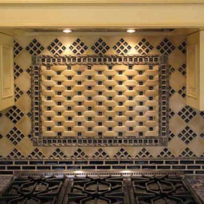 Tile with glass insert backsplash
