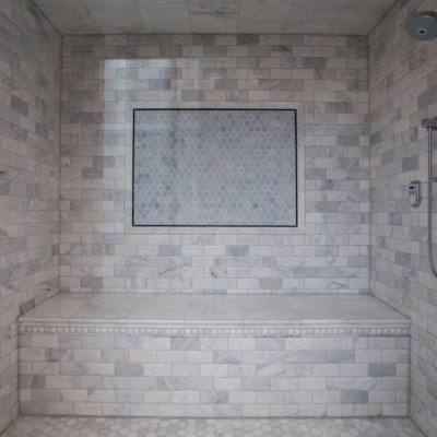Beveled Carrara with Hexagon Mosaic