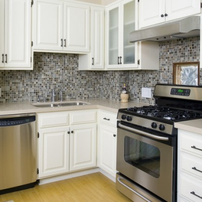 Caeserstone Counter Stone Pewter Backsplash