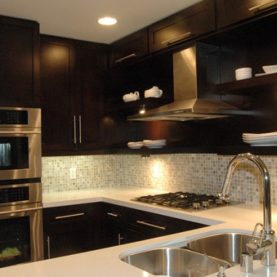 Caeserstone Counters Stone Pewter Backsplash