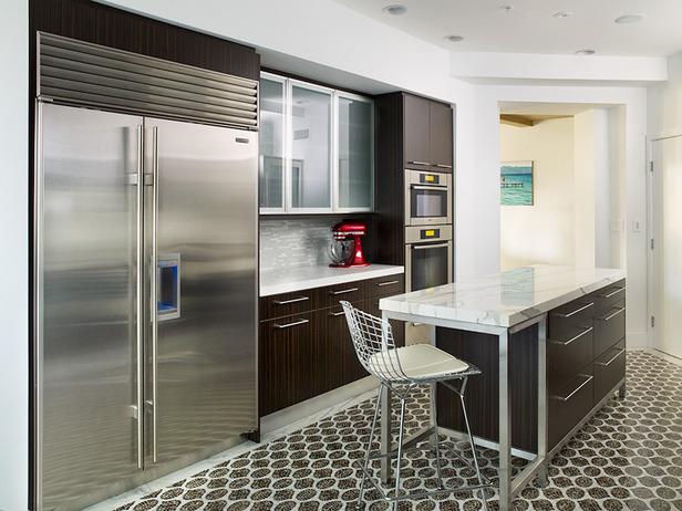 Easy to Clean Kitchen Tiles
