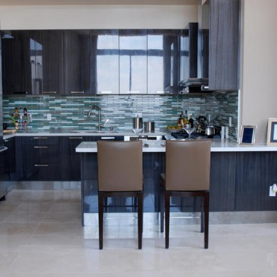 Crema Marfil Floor Glass Backsplash
