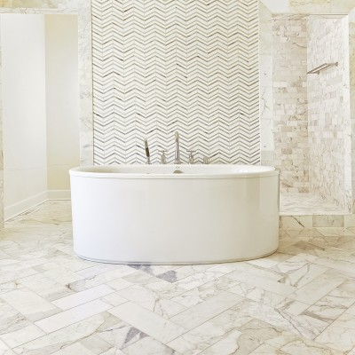 Echo Glasstile Bathroom Sugar Cane Gold