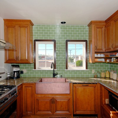 Granite Counters Glass Subway Backsplash