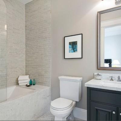 Schluter Rondec in Shower