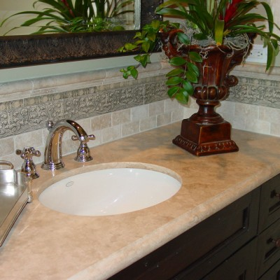 Travertine Counter tumbled travertine backsplash