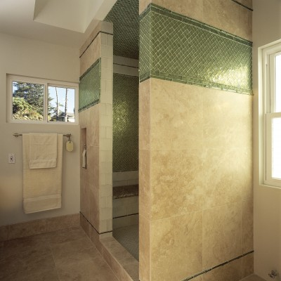 Travertine tile Oceanside Glass Border