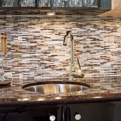 Alyse edwards glass backsplash