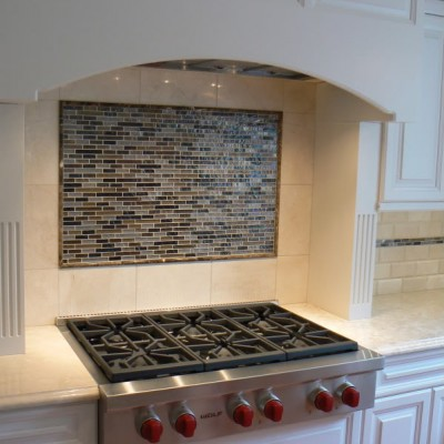 Beveled with glass border backsplash