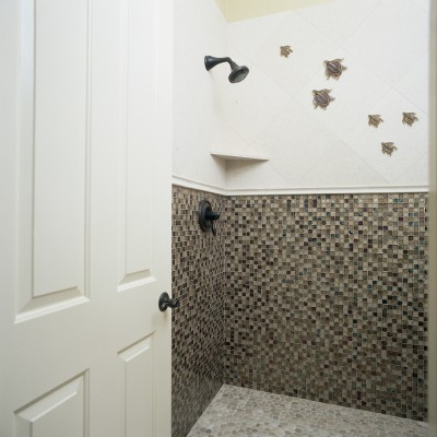 Tessera Custom Blend Shower