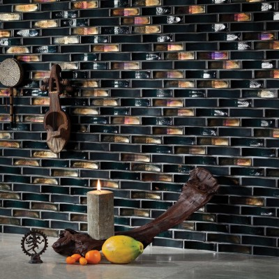 Oceanside lipped backsplash
