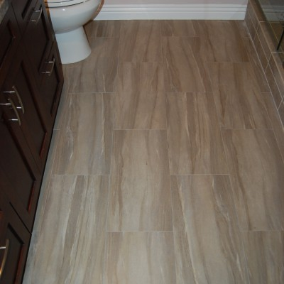 Porcelain tile travertine look
