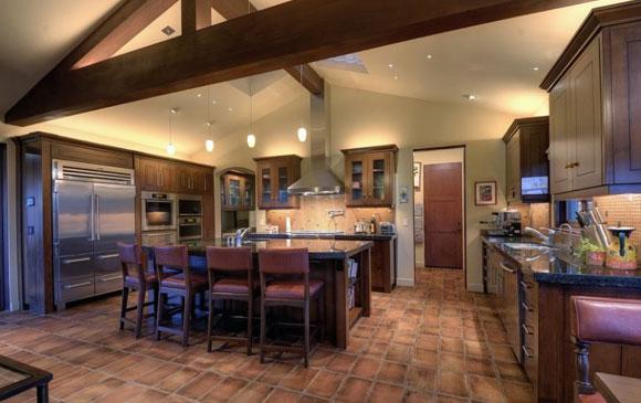 Saltillo-tile-in-kitchen