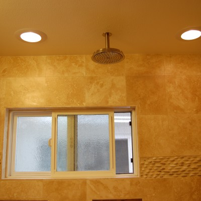 Travertine tile riverstone