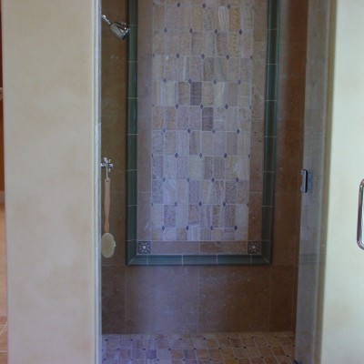 Tumbled onyx shower