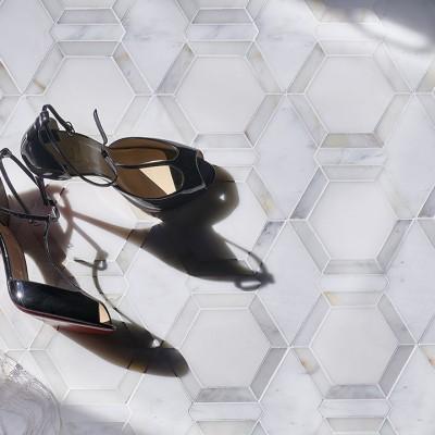 Metro Hex in Calacutta Louboutin shoes