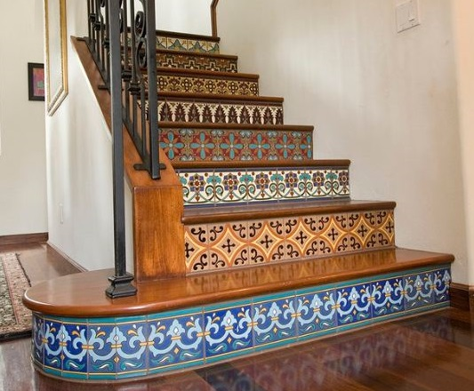 saltillo-with-talavera-staircase